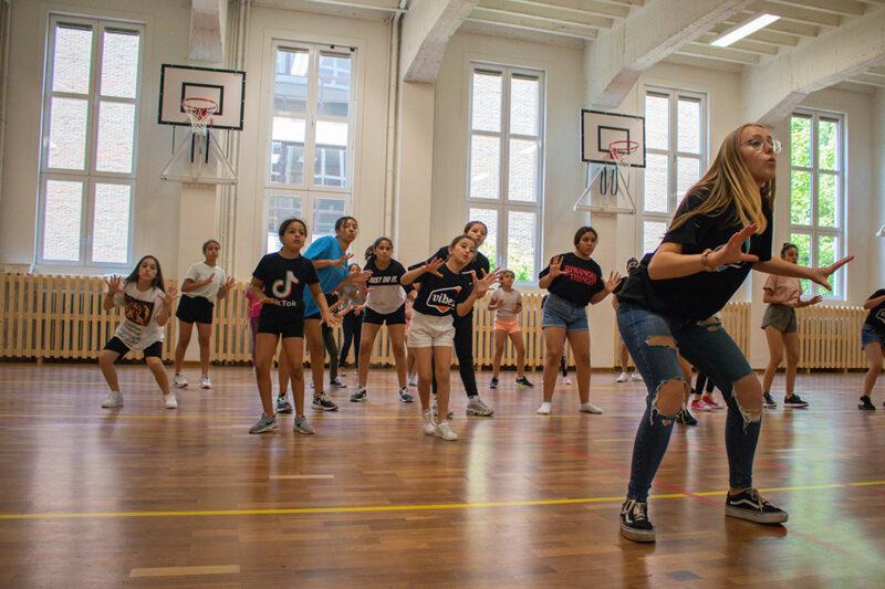 Kidz dance-off